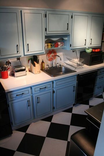 black and white tile kitchen floor. lack and white checkered